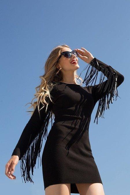 Черное платье. 15 великолепных моделей от Love Republic